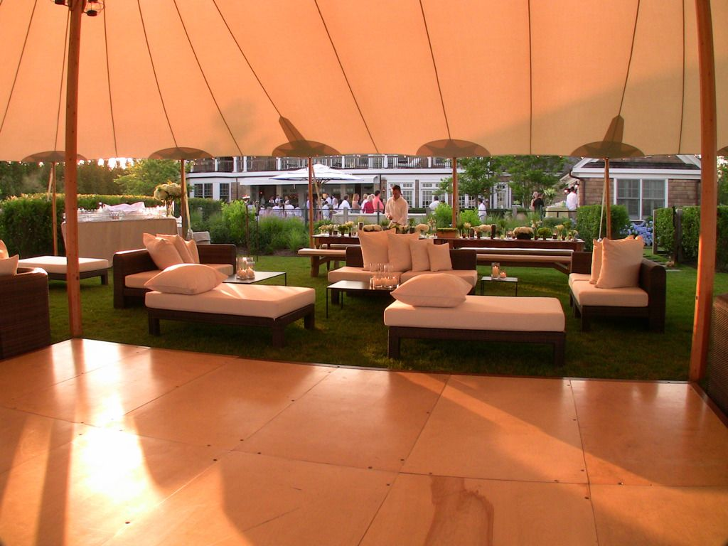 Lounging in the H&tons under a Sperry Tent & Lounging in the Hamptons under a Sperry Tent | Sperry Tents ...