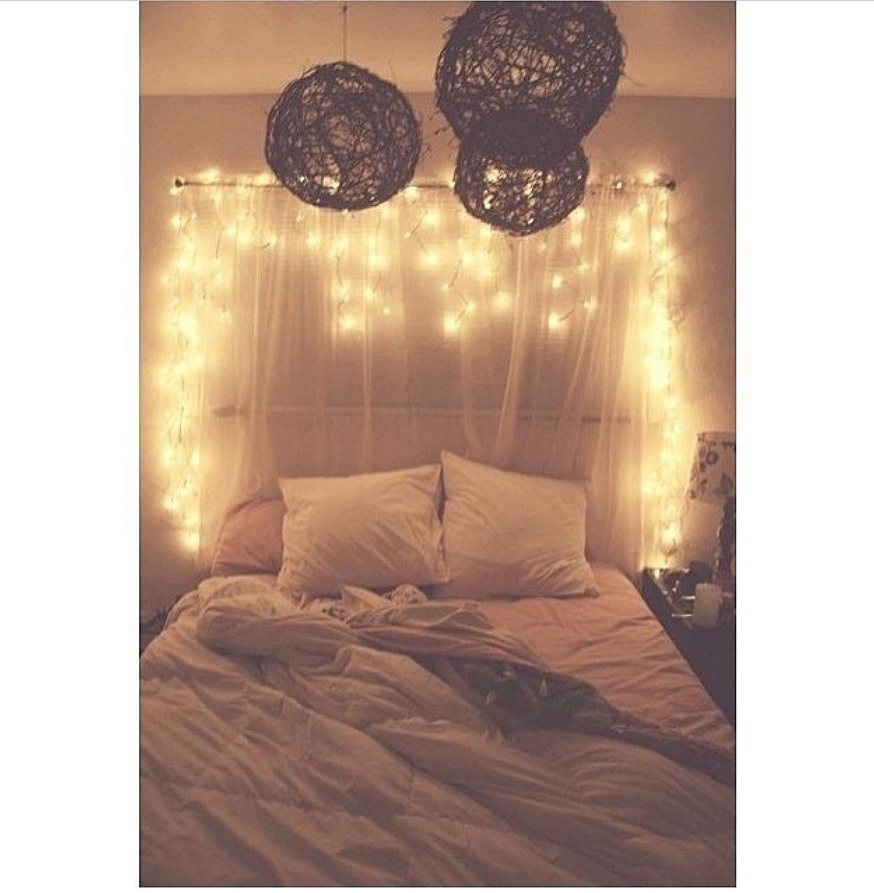 Icicle christmas lights bedroom - Good Lights Cozy Bed