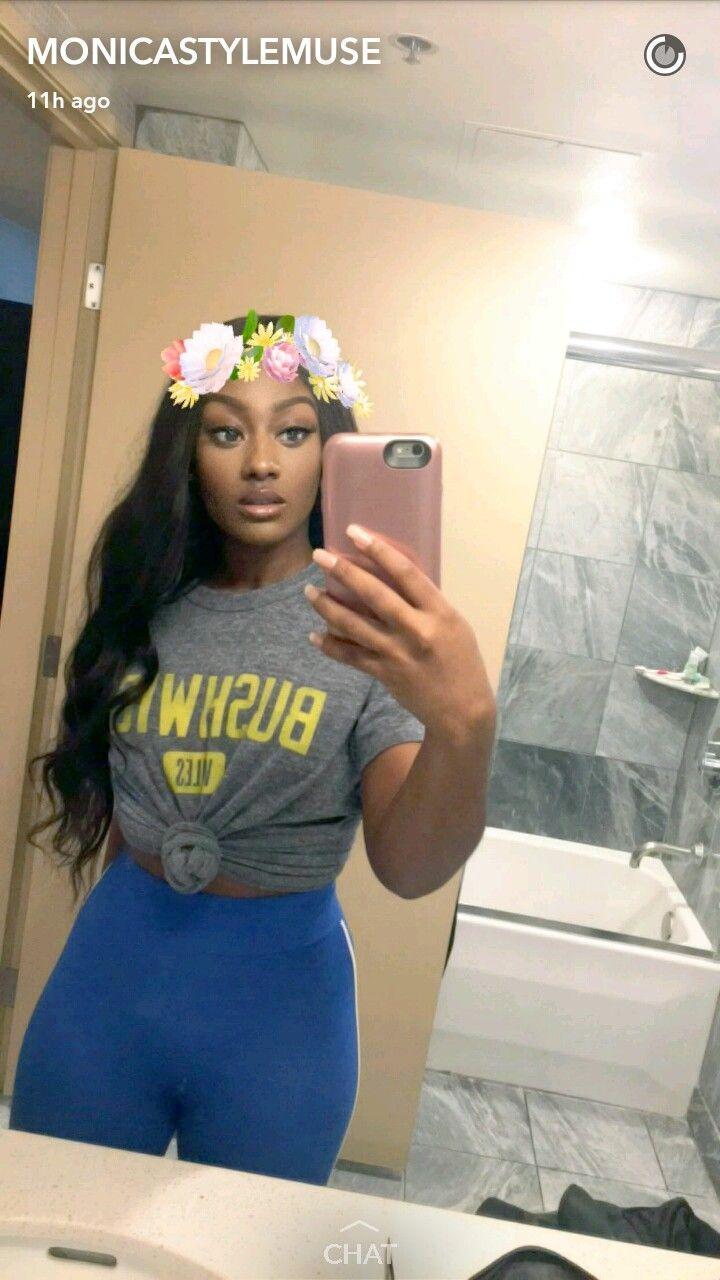 MonicaStyleMuse YouTube beauty guru