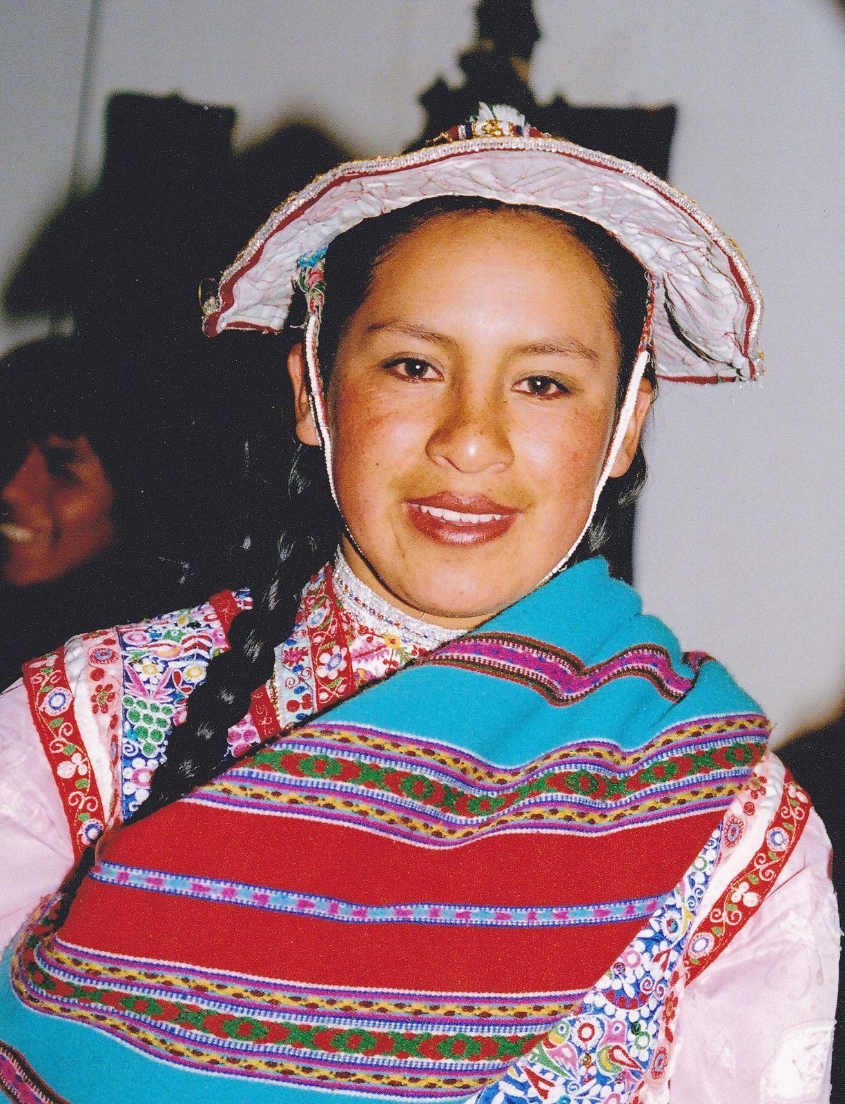 Peru women showing skin really