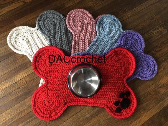 Dog Bone Place Mat Paw Print Crochet Dog Food Bowls Placemat Dog Pet Crate Mat Personalized Dog Bone Rug Mat Standard Size Dog Bed Mat Crate Bed Crates Dog Crate