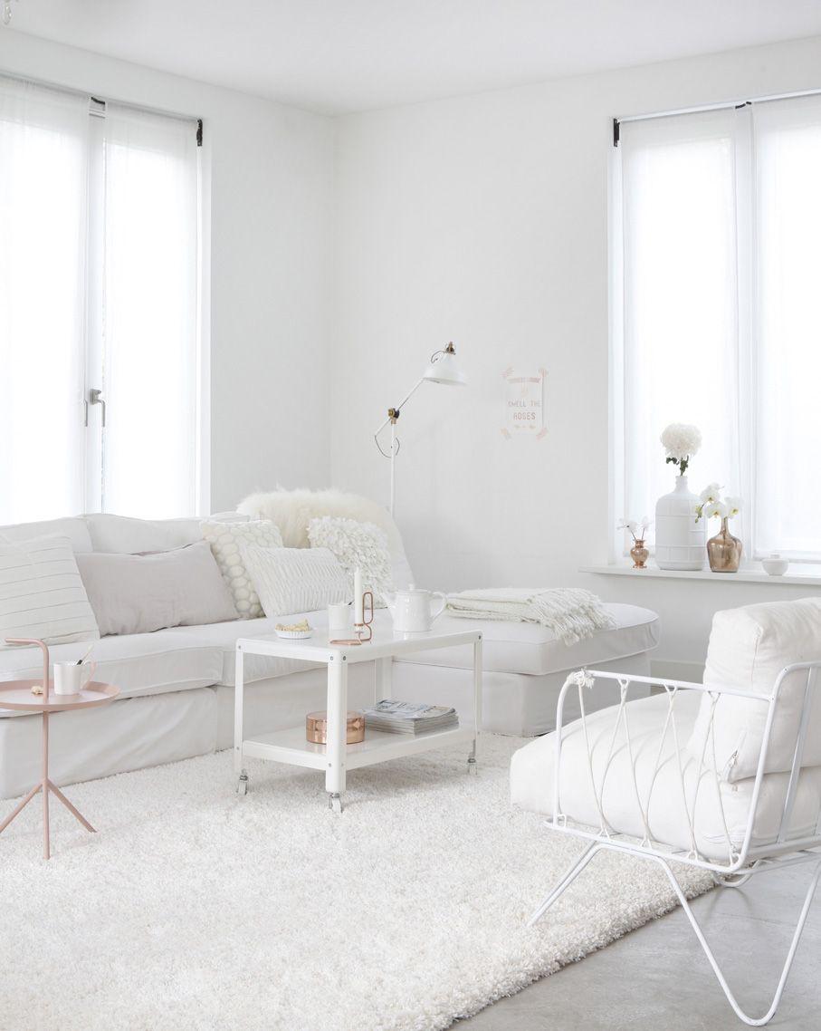 Wit interieur met koper en lichtroze - Blog - ShowHome.nl ...