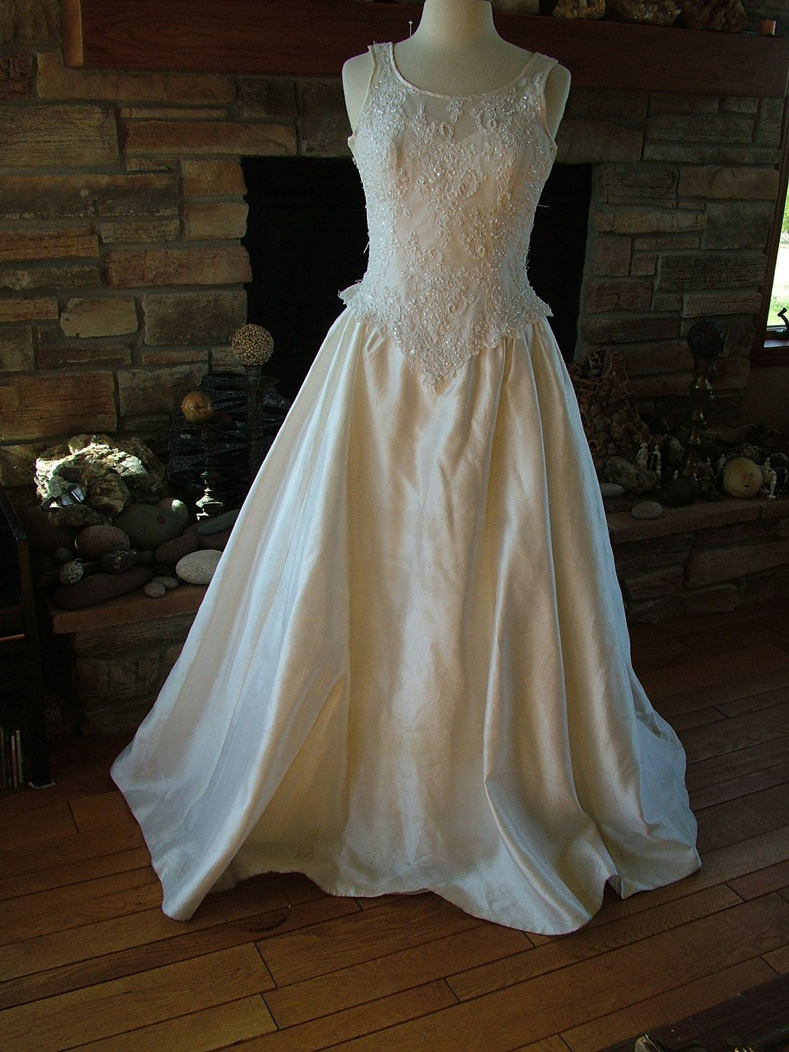 Wedding dress 1990s gloria vanderbilt designer ball gown for Gloria vanderbilt wedding dress