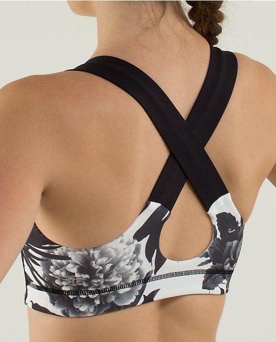 3a5c57eb89 love this sports bra!