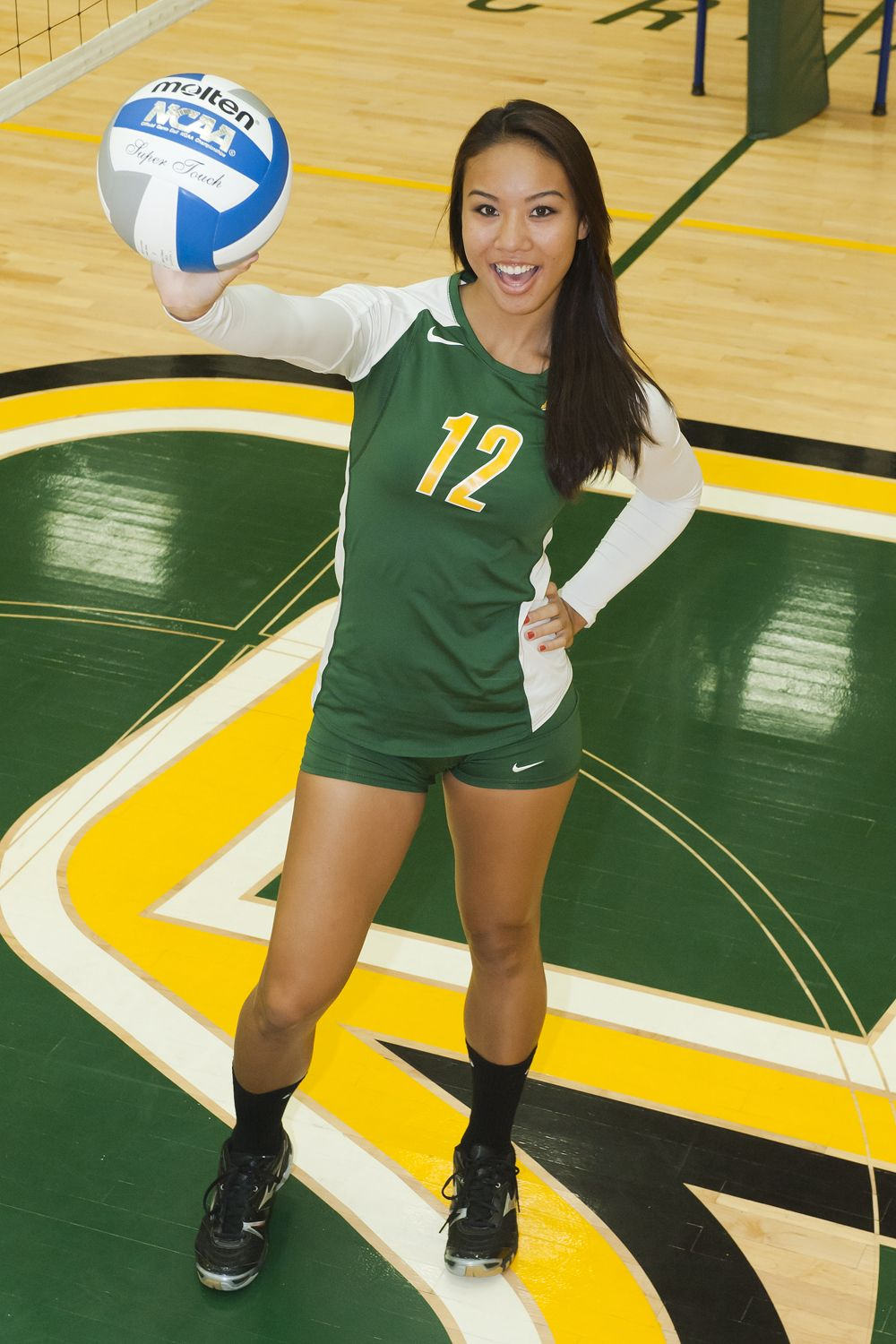Pin On Volleyball Portrait Photo Picture Ideas
