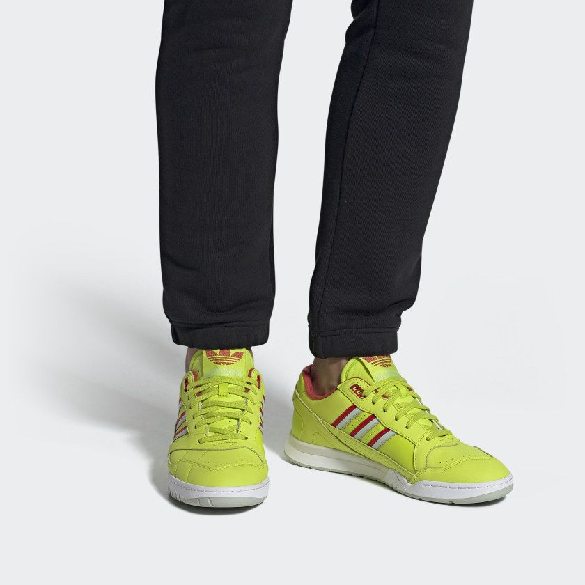 yellow adidas trainers, OFF 71%,Cheap price!