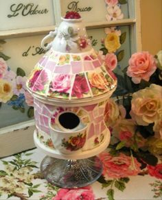 BOLD Pink ROSES Mosaic Tile Birdhouse Vintage China...have always wanted one of