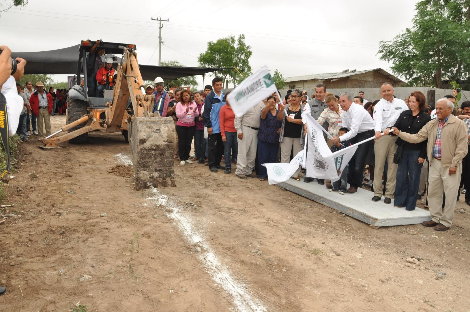 La colonia Unidad y Esfuerzo contará con red de agua potable y estación de bombeo.