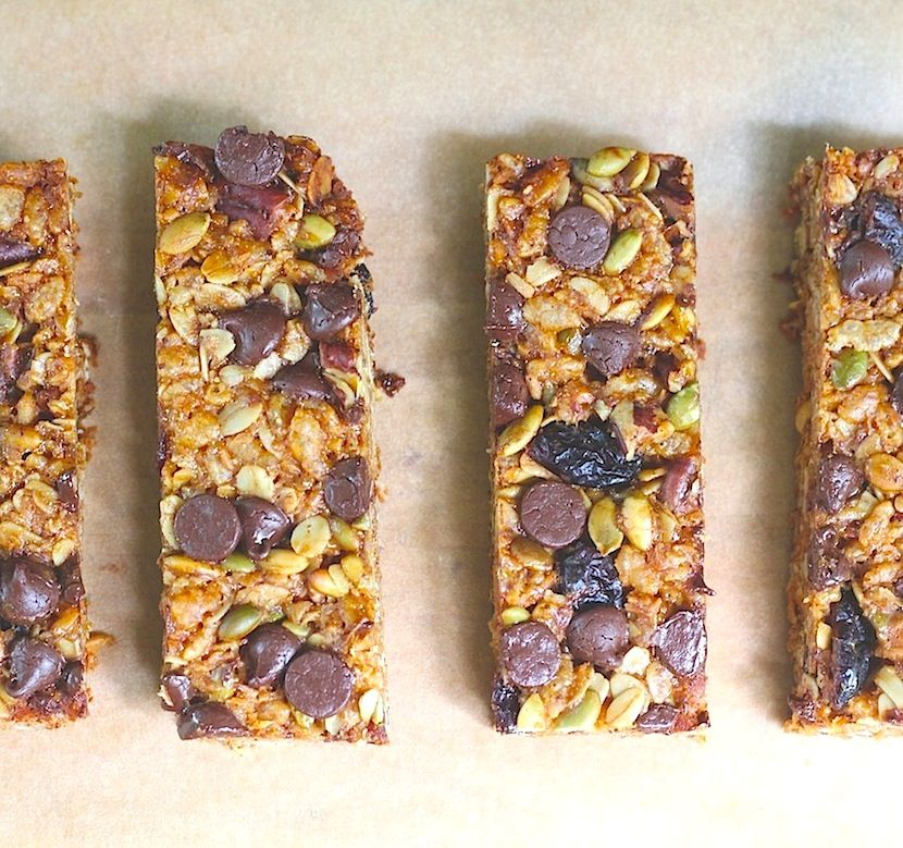 Kitchen Vignettes by Aubergine: Back-To-School Granola Bars