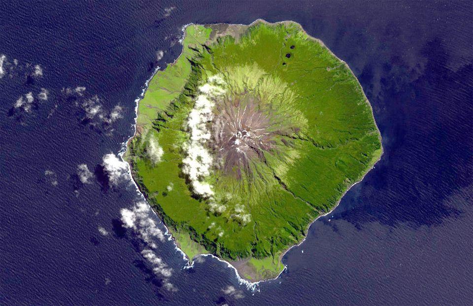 Best Devonians In St Helena Tristan Da Cunha And Ascension - Tristan da cunha map