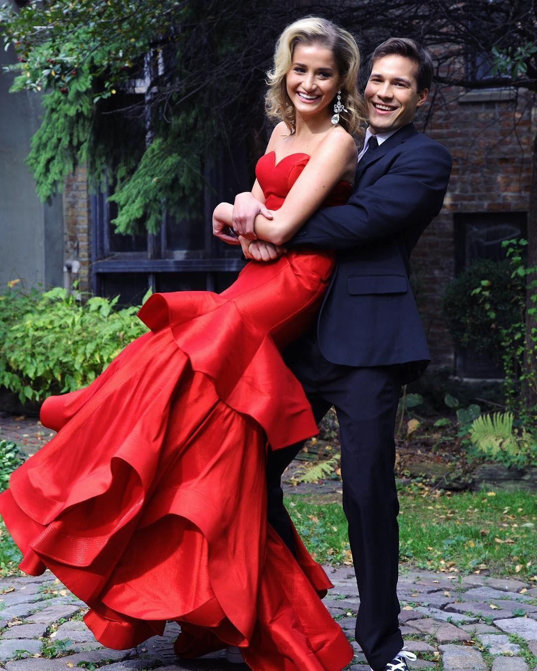 Red satin prom dresses mermaid evening dresses dubai arabic ribbon