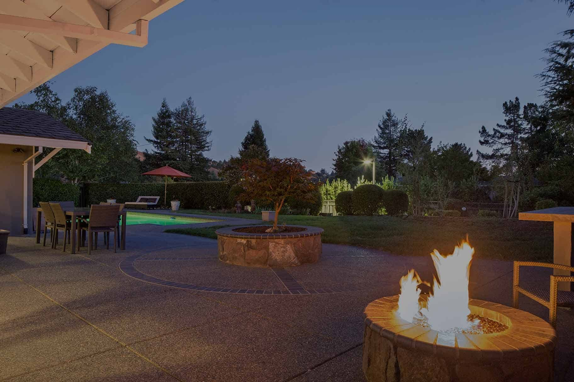 5 Reasons To Choose A Gas Fire Pit Fire Pit Backyard Gas Fires