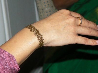 Henna Party Nyc : Cuisinetc a culinary journey via catering mehndi party hands