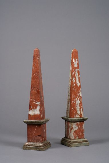 Max Rollitt Pair Of 19th Century Marble Obelisk Obelisk Antique Collection Antiques