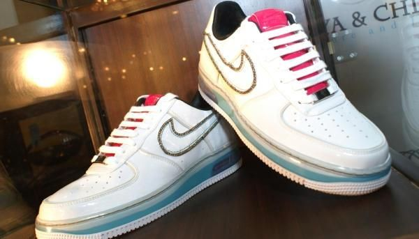 nike air force 1 metal emblem