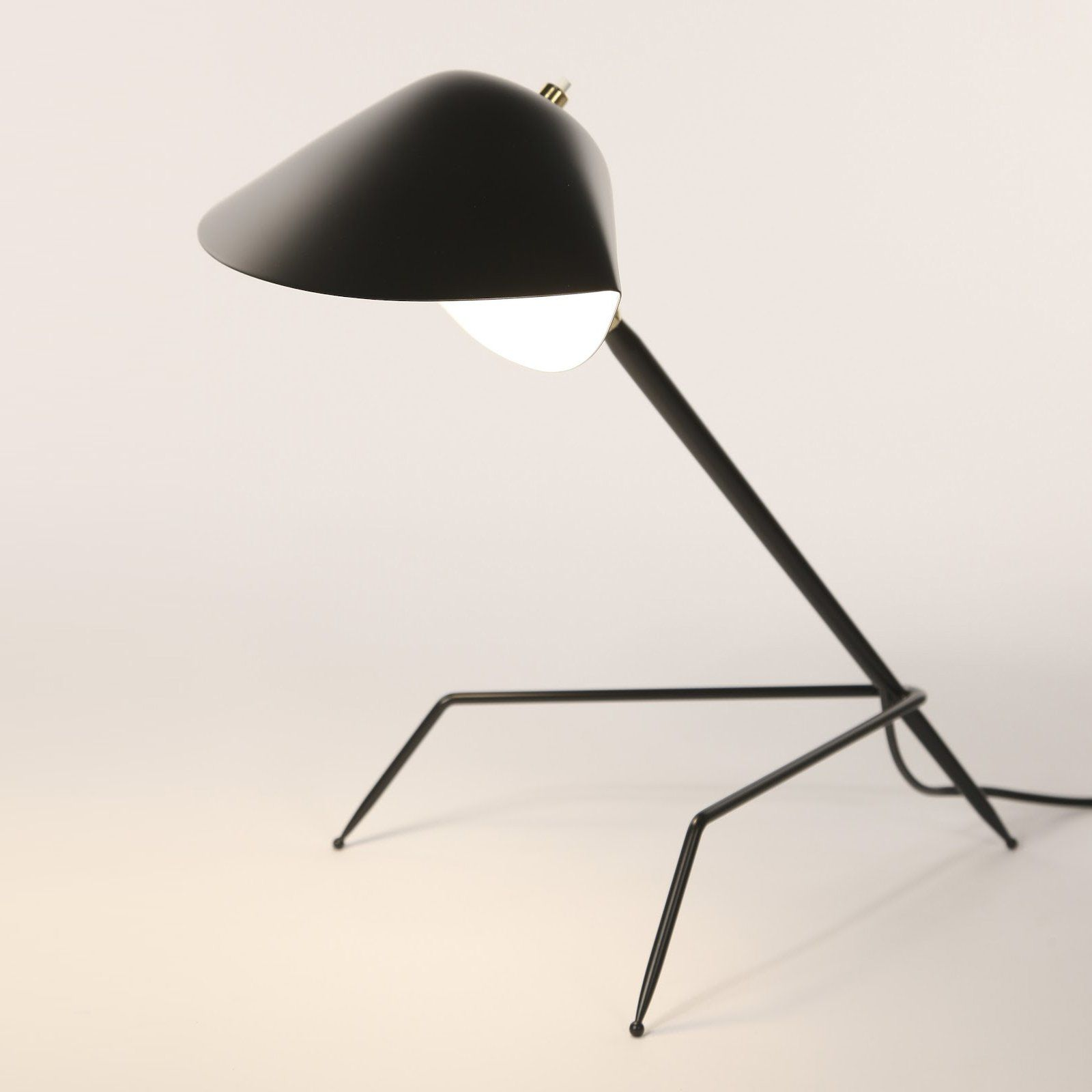 Tripod Desk Lamp By Serge Mouille 1953 Design Based On A Mussel Shell Handcrafted By Mouille Lamp Contemporary Light Fixtures Desk Lamp