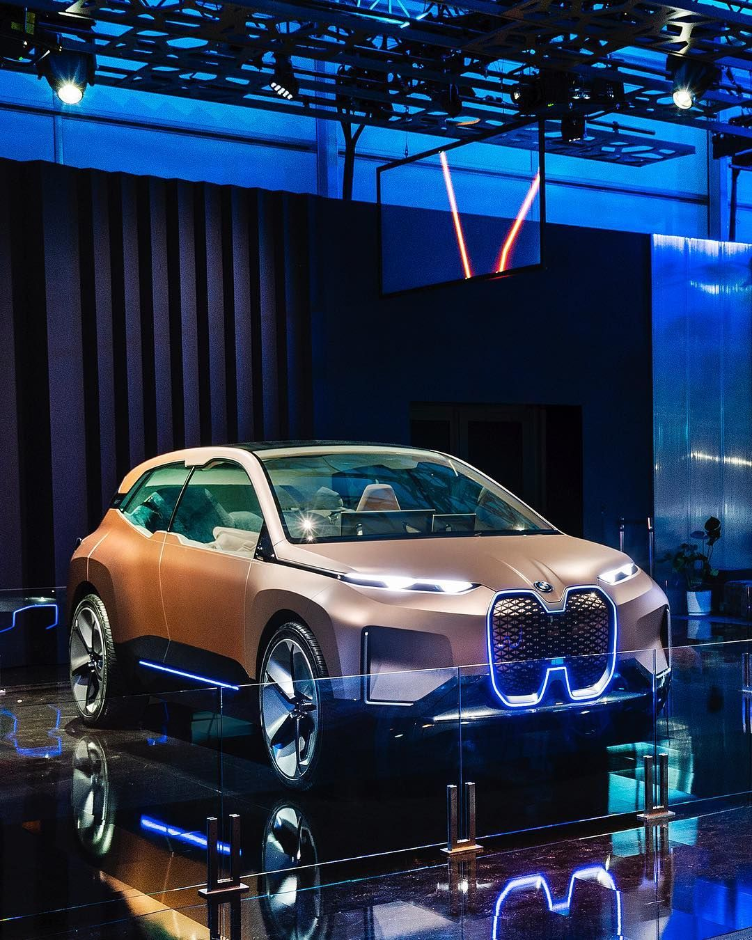 A Sophisticated Look Into The Future Of Driving The Bmw Vision