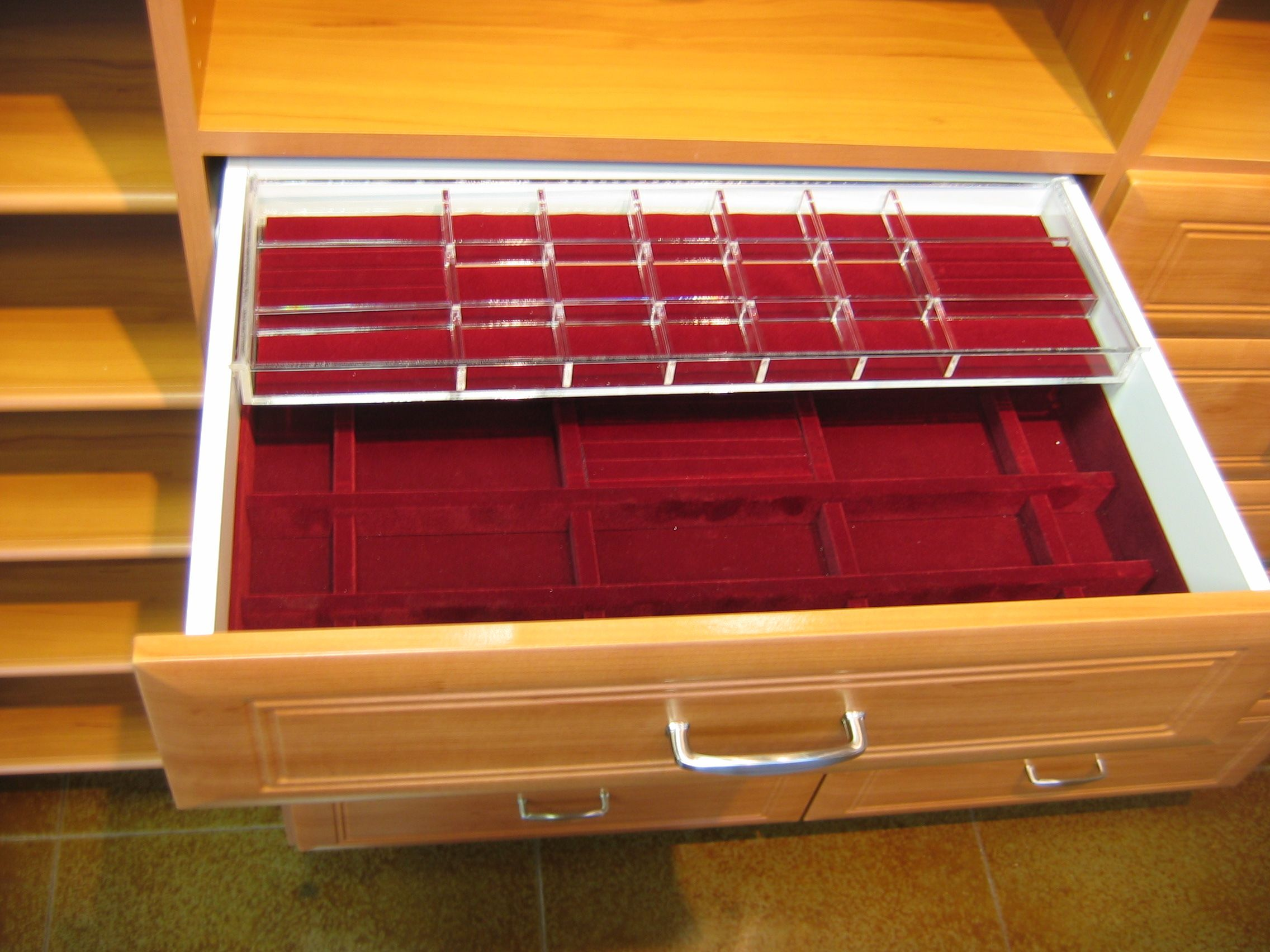 Classy jewelry drawer organizer available in red or black velvet