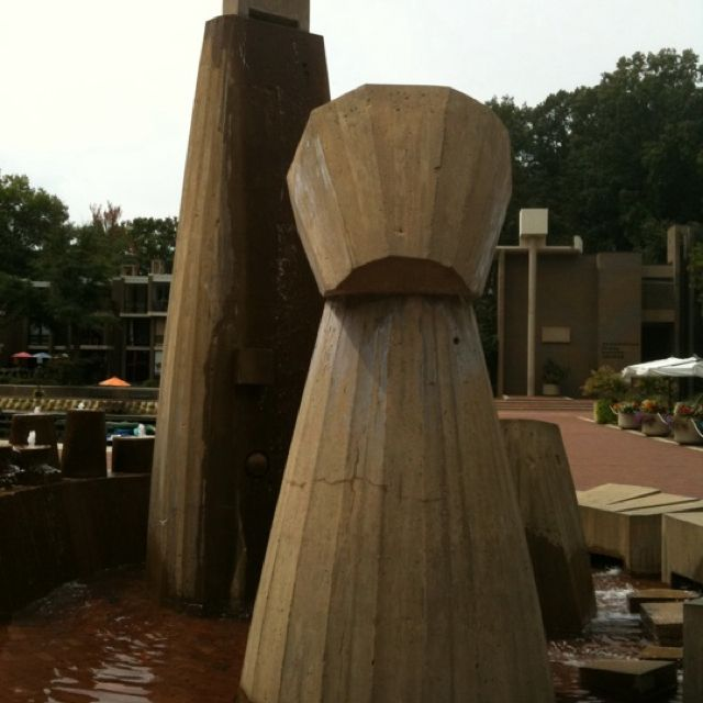 Art Places In Washington Dc: Sculpture At Lake Anne Plaza In Reston, VA