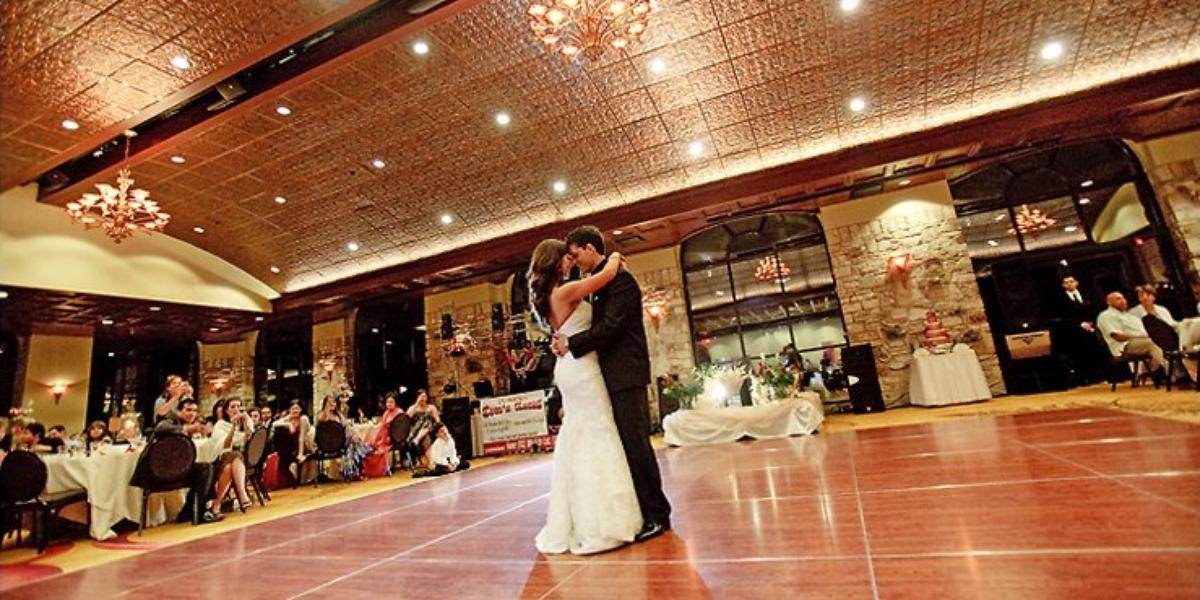 Renaissance Austin Hotel Weddings Price Out And Compare Wedding Costs For Ceremony Reception