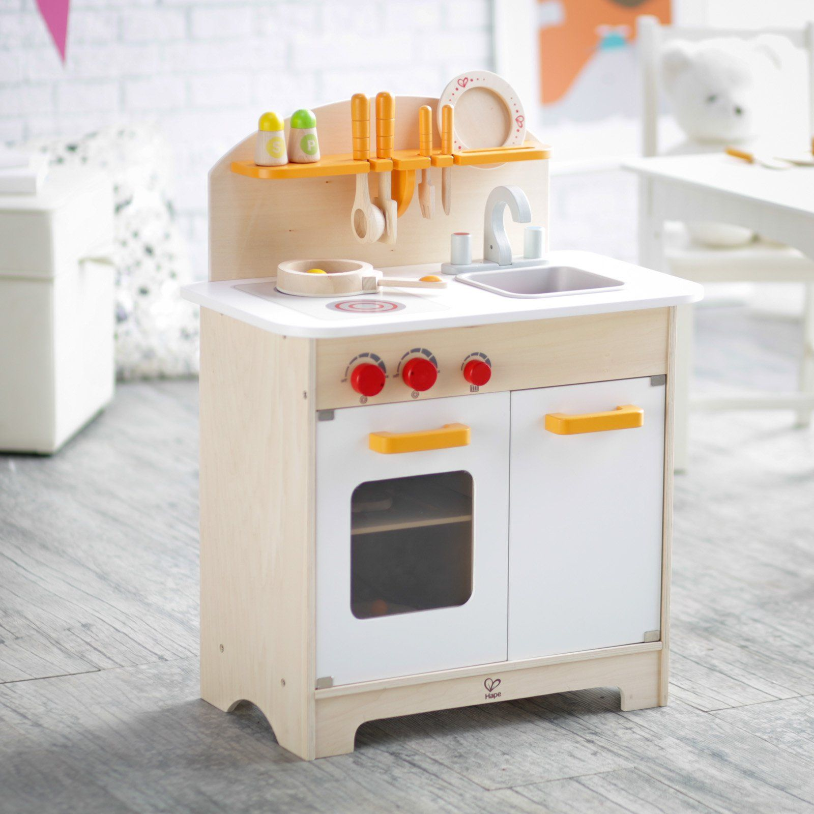 Hape White Gourmet Chef Kitchen with Accessories - The White Gourmet ...
