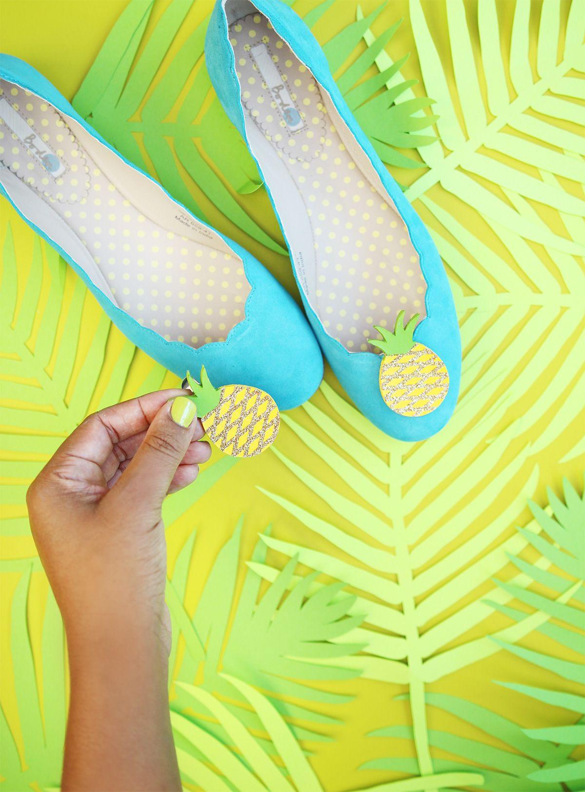 Craft My Flats: Pineapples - Damask Love
