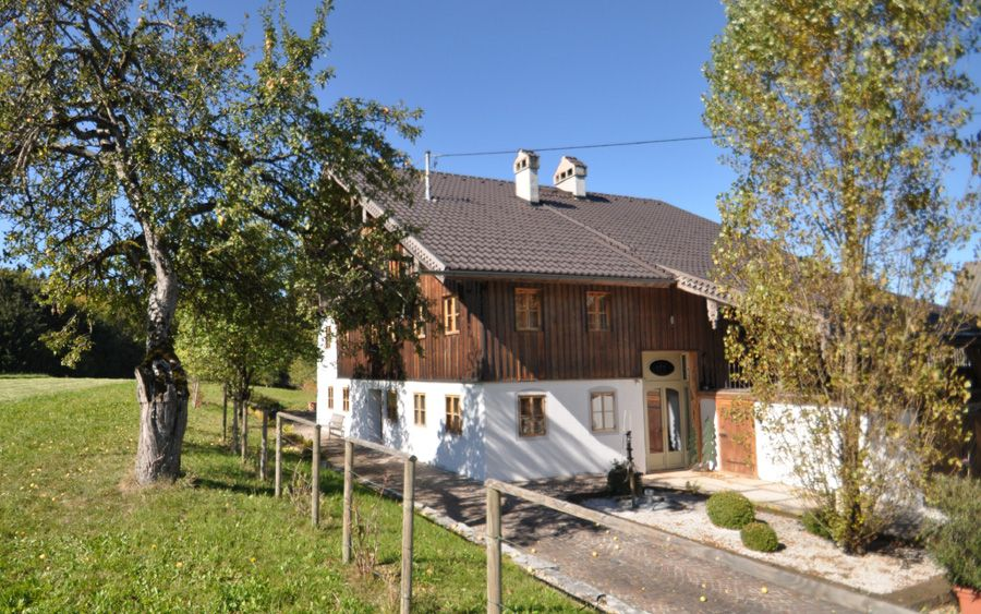 Bauernhaus anno 1800 - Bauernhaus 327 m² in Lochen am See ...