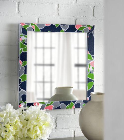 Reformar moldura de espelho com tecido pode garantir fôlego novo para todo o seu ambiente (Foto: modpodgerocksblog.com)