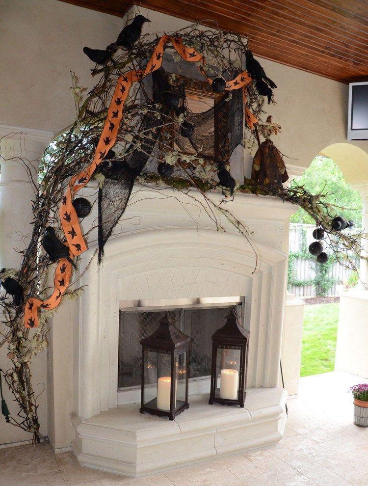 20 Spooky Halloween Mantel Decor Ideas Halloween Stuff Pinterest