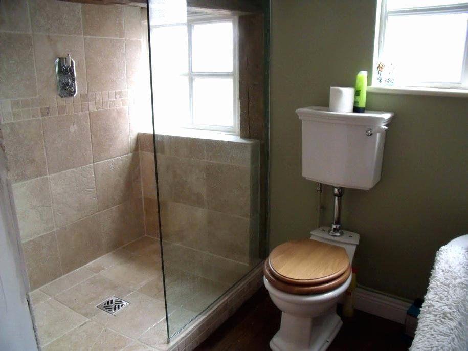 Modern Bathroom Design Kerala Awesome Kerala Style Small ...