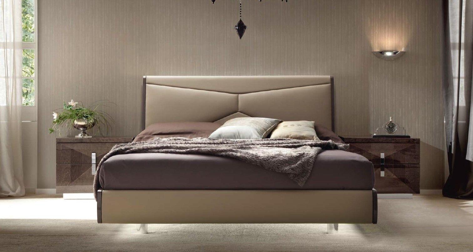 Dormitorio Italiano De Estilo Contemporaneo Dormitorios Dormitorios Modernos Camas Tapizadas