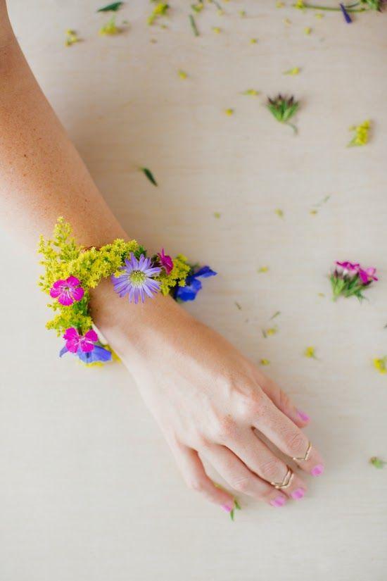 DIY: Fresh Flower Bracelet!   Art And Chic
