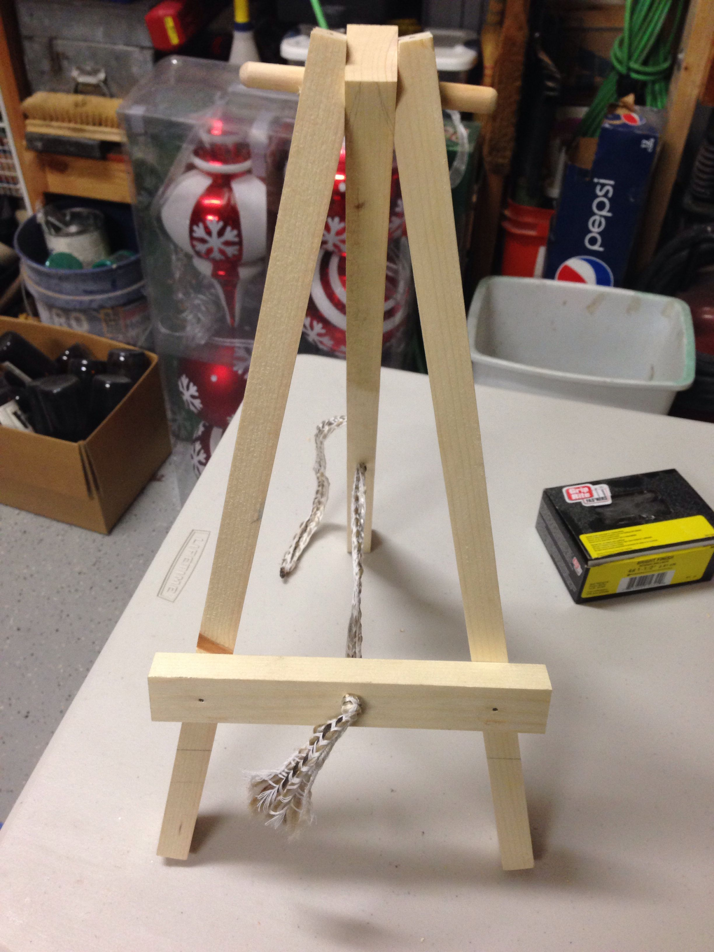 an easel for a girl scout project. | wood projects | girl