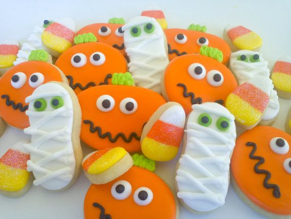 Halloween Mini Cookies- 2 dozen.        ****Please read shop announcement for available dates before ordering. Failure to do so may result in