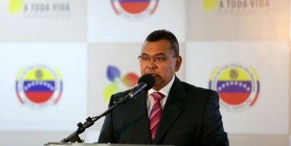 NicolasMaduro:Gobierno desarticuló golpe de Estado planificado por la derecha https://t.co/3QqL6rn61b