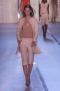 DKNY Spring 2000 Ready-to-Wear Fashion Show - Lisa Ratliffe, Donna Karan
