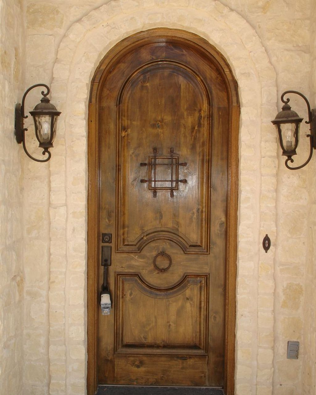 33 Inspiring Carved Wood Doors Design Ideas