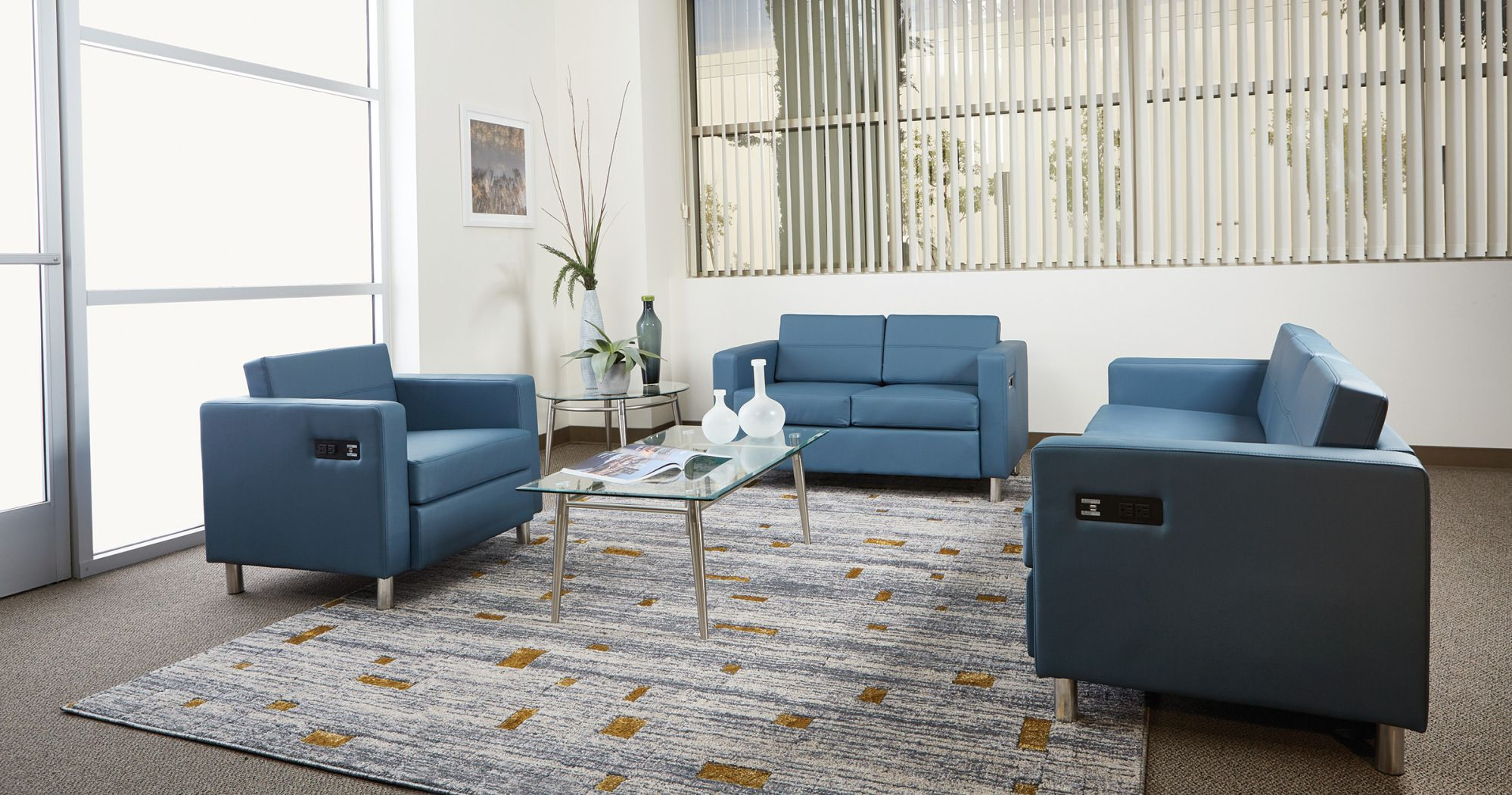 office seating area. Infusing Technology Into Soft Seating Areas Is A Must Have In The Modern Office Space. Area