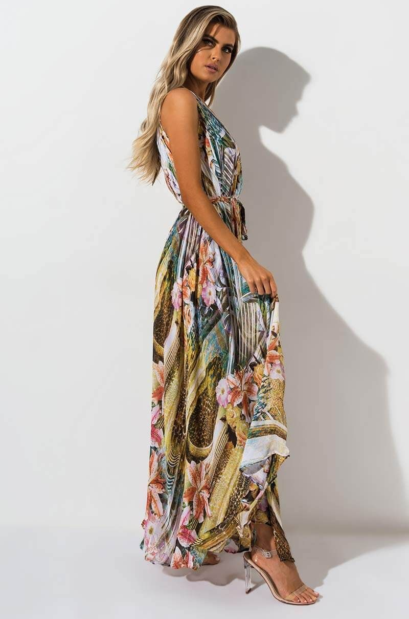 68521b0f5a1 SUMMER LOVE FLORAL MAXI GOWN in 2019
