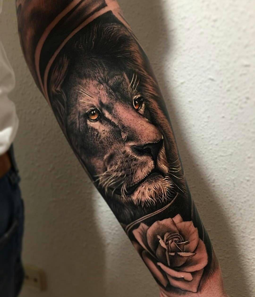 Amazing Work: Tattoos, Lion Head Tattoos