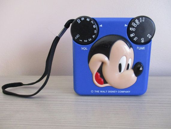 Vintage Mickey Mouse Am Transistor Radio By Uniquelyfoundforyou Vintage Mickey Mouse Vintage Mickey Transistor Radio