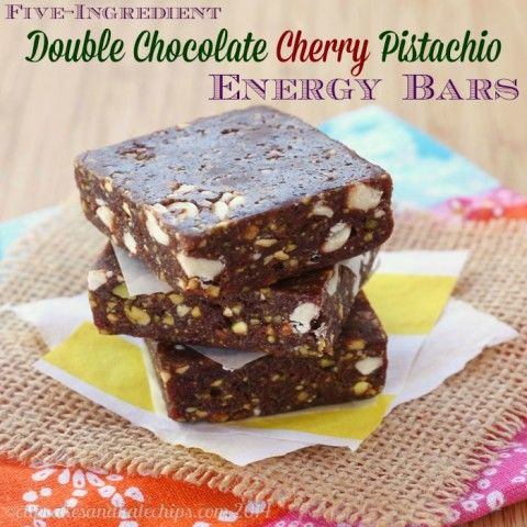 Five-Ingredient Double Chocolate Cherry Pistachio Energy Bars  | cupcakesandkalechips.com | #glutenfree #vegan #snack