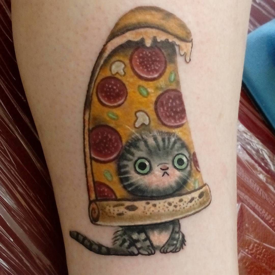 what kind of tattoo do i want i dunno i like cats and pizza tattoo 39 s tattoo ideen. Black Bedroom Furniture Sets. Home Design Ideas
