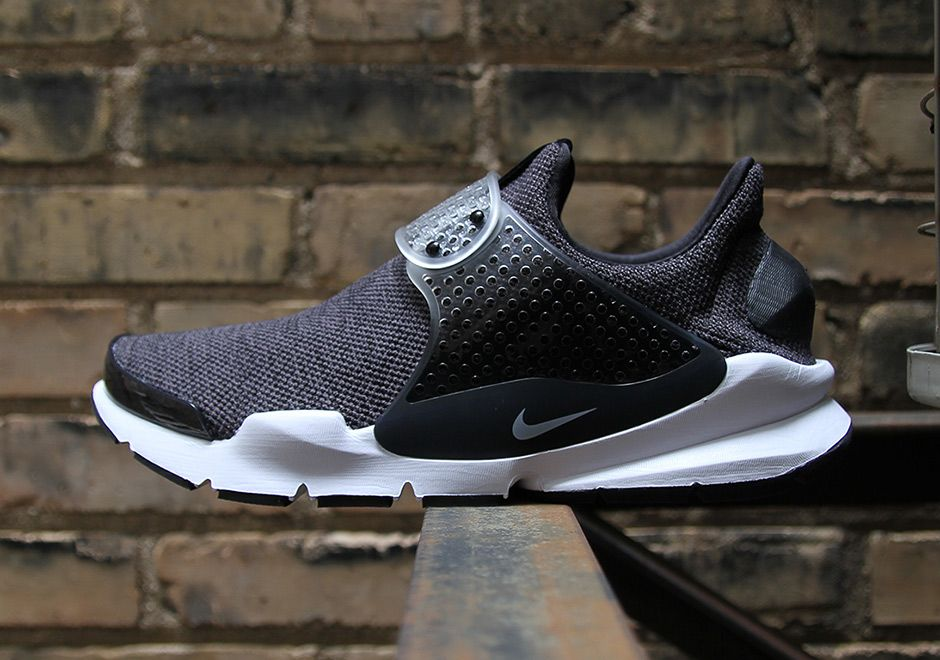 Nike Sock Dart SE 911404-002 911404-100 911404-801 | SneakerNews.