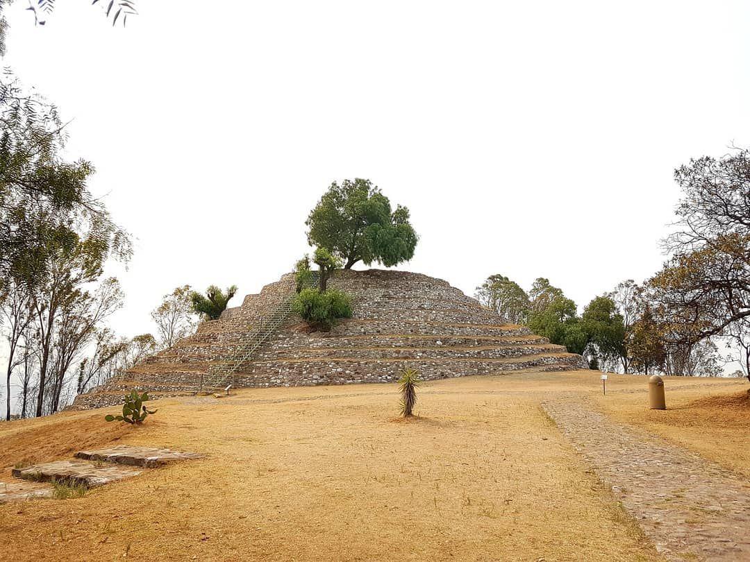 Pirámide de las Flores en Xochitécatl.