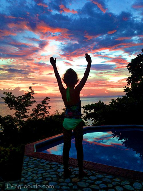 7 Simple Tips for Taking Amazing Family Vacation Photos by LivingLocurto.com - At Bluefields Bay Jamaican Villas