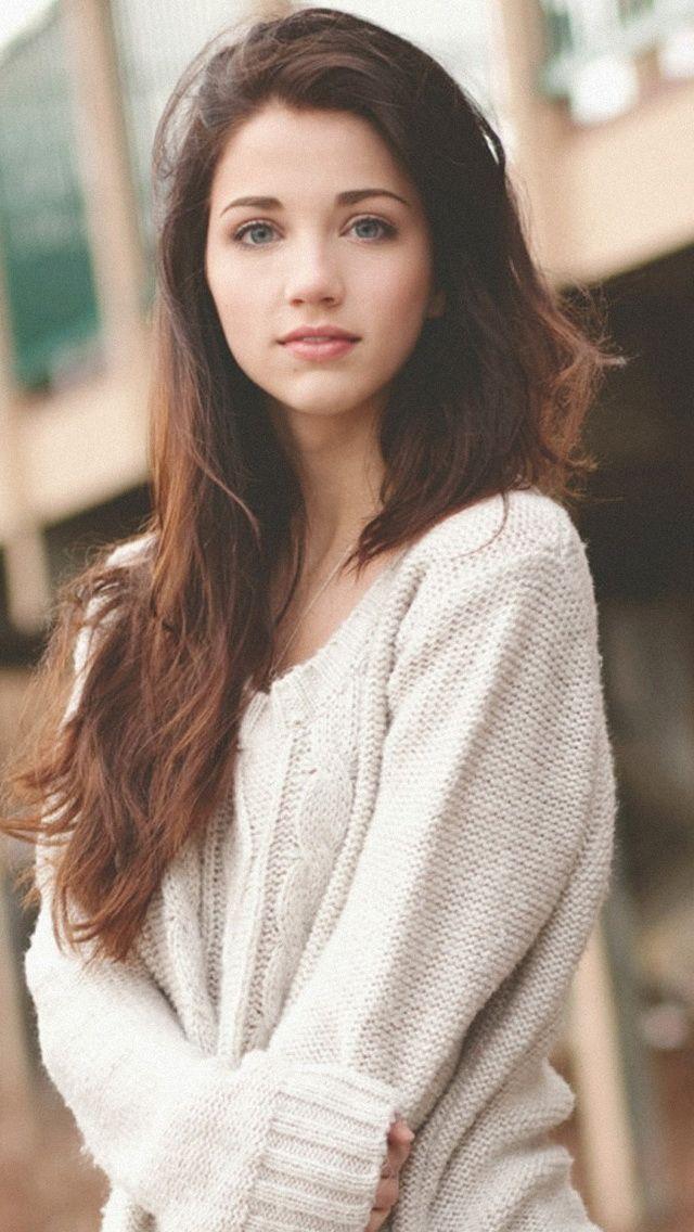 Emily Rudd - brown hair (640×1136)