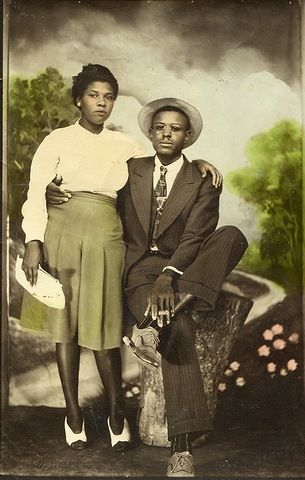 A couple around the 1940's. Who Where?
