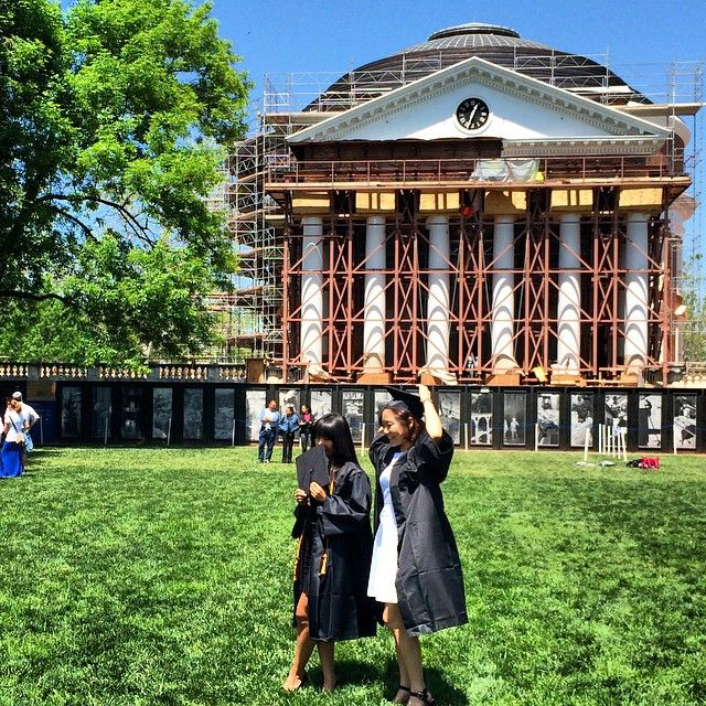 Pre-ceremony photos #uva #finalexercises #lawnlife