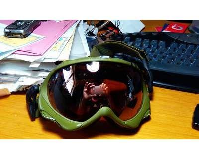 Maschera oakley wisdom olive military - Adatta anche per softair! Maschera usata PARI AL NUOVO! la lente montata è la VR28 Black iridium oltre alla maschera è incluso nello scatolo originale: – 6 strap originali oakley – Oakley soft bag bianca  - http://www.ilcirotano.it/annunci/ads/maschera-oakley-wisdom-olive-military/